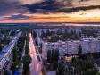 Необычный взгляд на город Балаково. улица Факел Социализма на закате
