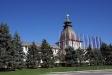 Astrakhan Kremlin. Южная глухая Житная четырехъярусная башня – одна из трех сохранившихся до нас башен кремля. Название получила от находившегося рядом Житного двора. Это самая небольшая из кремлевских башен (ее высота 12,7 м), что объясняется ее удобным (в плане безопасности) расположением между озером и Житным двором. В плане башня квадратная, толщина ее стен около 3 м. В 1958 году на месте Житного двора была благоустроена площадь Ленина. В это же время в кремлевской стене рядом с Житной башней прорубили двое ворот.