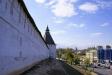 Astrakhan Kremlin. Глухая Крымская – одна из трех сохранившихся до нас башен - располагалась на стыке северо-западной и южной стен кремля. Название получила от проходившей напротив нее дороги, именовавшейся Крымским шляхом. Эта башня была одной из важнейших в стратегическом отношении. Она ромбовидная, со сторонами 12,8 х 13,2 м. Высота 17 м. Толщина стен – 3,5 м.