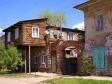 Астрахань. Мы предполагаем, что при регистрации права собственности эту выдающуюся часть хозяин назовет балконом.