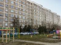 Maikop, 12-go marta st, house 146. Apartment house