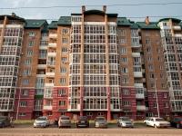 Казань, улица Гарифа Ахунова, дом 18. многоквартирный дом