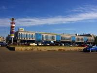 улица Московская, дом 2. торговый центр ЦУМ