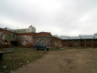 neighbour house: st. Pravo-Bulachnaya. vacant building