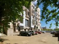 Казань, улица Островского, дом 38. офисное здание