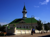 neighbour house: st. Kayum Nasyri, house 17. mosque Аль-Марджани