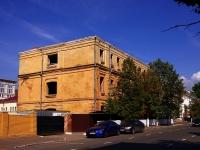 Казань, улица Большая Красная, дом 13. здание на реконструкции
