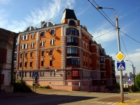 neighbour house: st. Yapeev, house 19. Apartment house