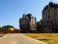 Kazan, Fedoseevskaya st, house 42. Apartment house