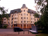 neighbour house: st. Malaya Krasnaya, house 13. Apartment house