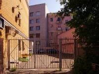 喀山市, Tolstoy st, 房屋 1. 公寓楼