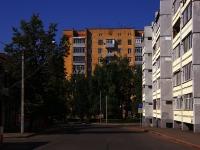 Kazan, st Ulyanov-Lenin, house 49. Apartment house