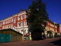 Казань, улица Муштари, дом 9. многофункциональное здание