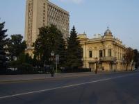 喀山市, 图书馆 Национальная библиотека РТ, Kremlevskaya st, 房屋 33