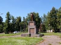 Kazan, monument В.И.ЛенинуLuknitsky st, monument В.И.Ленину
