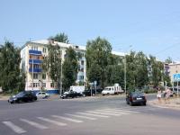 Казань, улица Восстания, дом 2. многоквартирный дом