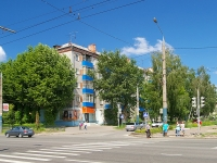 neighbour house: st. Vosstaniya, house 72. Apartment house