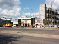 neighbour house: st. Krasnokokshayskaya, house 150/2. shopping center Ягодная слобода