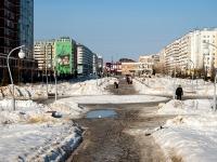 Казань, улица Абсалямова. сквер Стамбул
