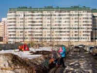 Казань, улица Абсалямова, дом 35. многоквартирный дом