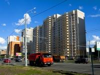 Казань, улица Чистопольская, дом 12. многоквартирный дом