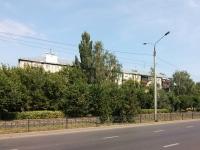 Казань, улица Аделя Кутуя, дом 1. многоквартирный дом