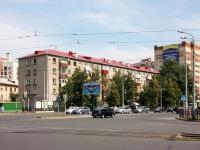 Казань, улица Аделя Кутуя, дом 33. многоквартирный дом
