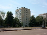 Kazan, Yamashev avenue, house 25. Apartment house