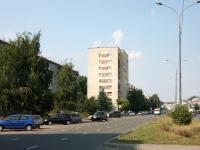 Казань, улица Короленко, дом 77. многоквартирный дом