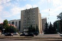 Казань, улица Гвардейская, дом 15. многофункциональное здание