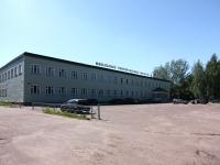 neighbour house: st. Lazarev, house 9. store МЕБЕЛЬНЫЙ УНИВЕРСАЛЬНЫЙ МАГАЗИН (МУМ)