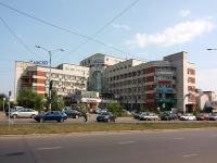 Казань, улица Маршала Чуйкова, дом 2. многофункциональное здание