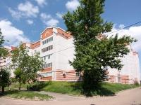Казань, улица Ново-Светлая, дом 18. многоквартирный дом