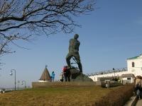Kazan, monument М. Джалилю1st Maya square, monument М. Джалилю