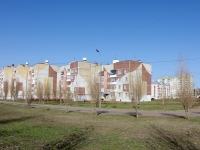 neighbour house: avenue. Pobedy, house 172 к.1. Apartment house