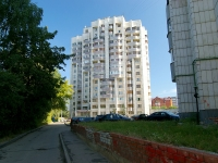 Kazan, Rikhard Zorge st, house 60. Apartment house