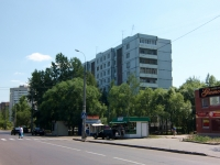 neighbour house: st. Serov, house 12. Apartment house