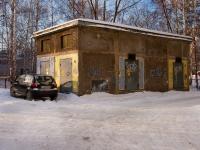 Казань, улица Серова. хозяйственный корпус рядом с ул. Серова, 8
