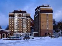 Казань, улица Тихомирнова, дом 11. многоквартирный дом
