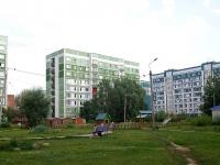 Казань, Фатыха Амирхана проспект, дом 20А. многоквартирный дом