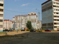 neighbour house: st. Chetaev, house 32. Apartment house
