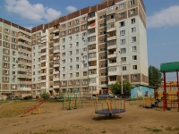 Kazan, Chetaev st, house 42. Apartment house