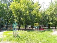 Казань, улица Шамиля Усманова, дом 22. многоквартирный дом