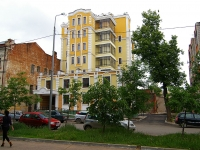 Kazan, Gogol st, house 21. Apartment house