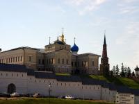 Казань, памятник архитектуры Архиерейский дом,  Кремль, дом 3