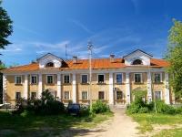 соседний дом: ул. Тунакова, дом 52. многоквартирный дом