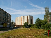 neighbour house: st. Kommunarov, house 1/6. Apartment house