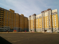 neighbour house: st. Kosmonavtov, house 6В. Apartment house