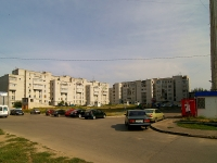 neighbour house: st. Kosmonavtov, house 55. Apartment house