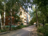 neighbour house: st. Novatorov, house 7. Apartment house